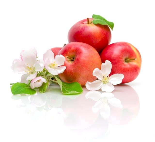 Oferenda maçã e flores para os Ciganos