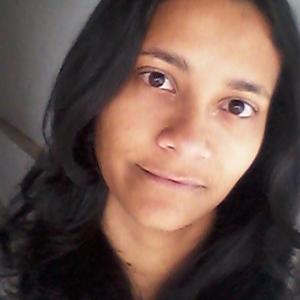 Paulla Gomes