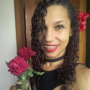 Sensitiva Lane Souza